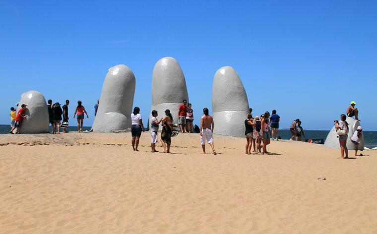 Top 10 beachside sculptures