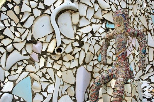 Ceramic and waste art. Rock Garden of Chandigarh, India. Photo by Giridhar Appaji Nag Y