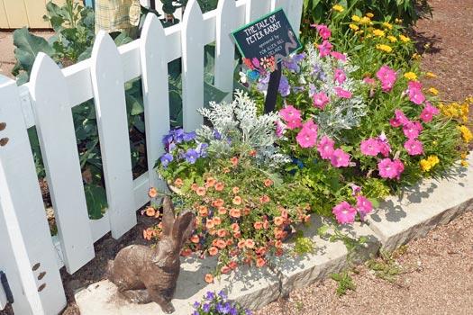 Bookworm Garden, Sheboygan. Photo by ~Ealasaid~