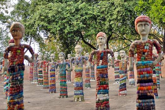 Bangle statuettes. Rock Garden of Chandigarh, India. Photo by Giridhar Appaji Nag Y