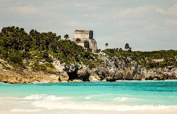 Seaside view of the El Castillo ruin.