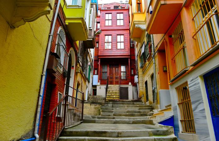 Colorful housing in Cihangir.
