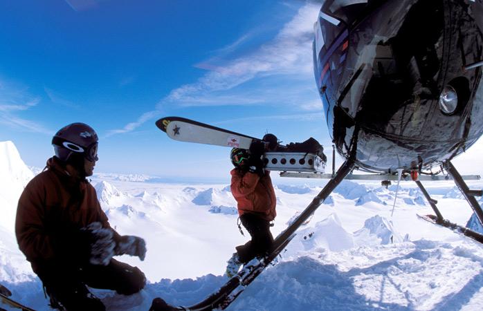 Heliski-ÔÇô-Banff-heli-skiing-canada