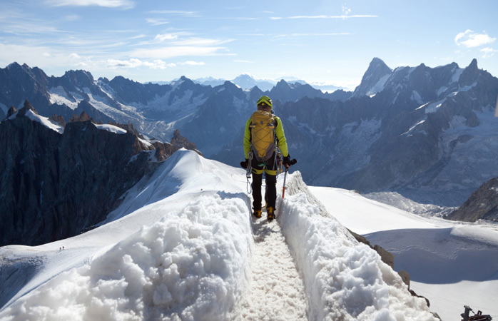 Mountaineer_Mont-Blanc-trekking-holidays