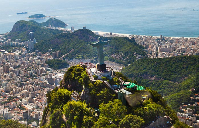 3-Cristo-Redentor-and-Corcovado-christ-the-redeemer-statue-sightseeing-in-rio-de-janeiro