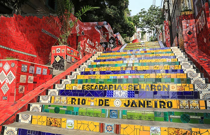 8-Escadaria-Selarón-Jorge-Selarón-rio-de-janeiro-attractions-sightseeing-in-rio-de-janeiro