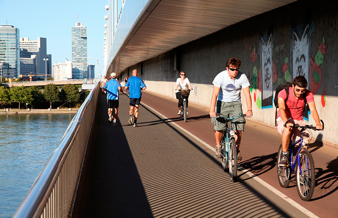 16-Vienna-best-cycling-cities-in-the-world-bike-friendly-cities-Danube-cycle-path
