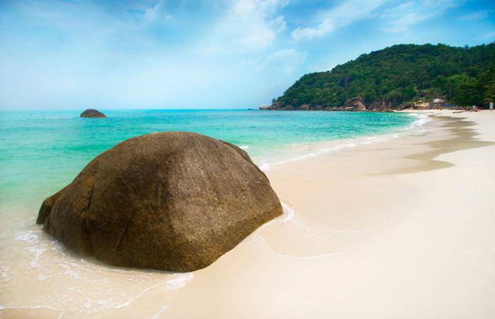 1-best-travel-books-the-Beach-novel-koh-samui-thailand