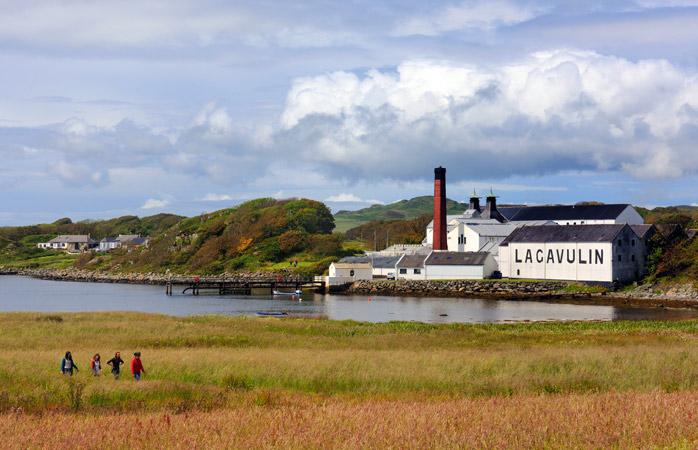 Lagavulin-whisky-scottish-whisky-whisky-trail