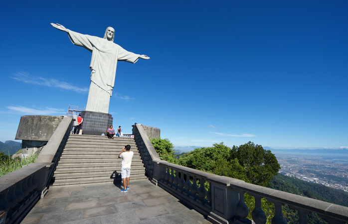cristo-facts-about-rio-de-janeiro-attractions-seven-wonders-of-the world