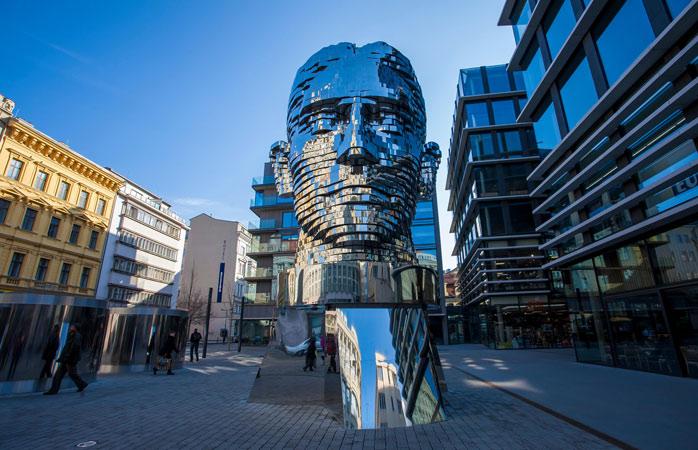 David Černý's impressive kinetic sculpture of Franz Kafka