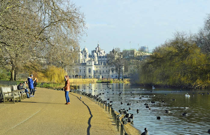 St James's Park: An expansive, calming park with compelling views of Buckingham Palace