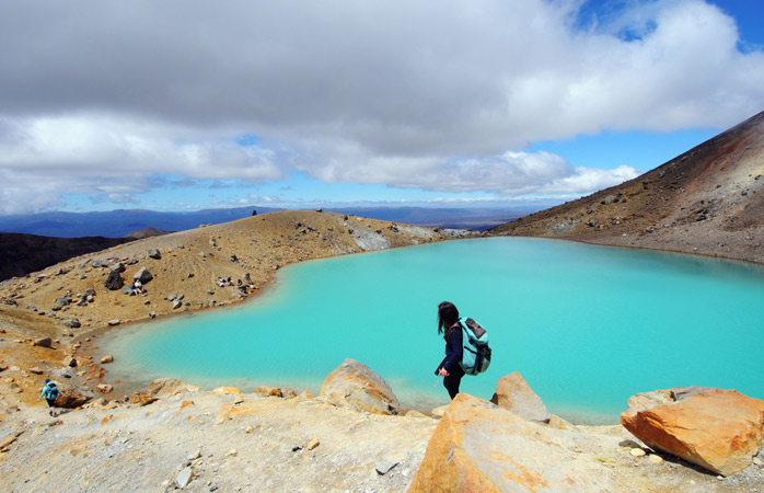 Eerie and surreal – the raw volcanic terrain in the Tongariro National Park makes for an unforgettable hike