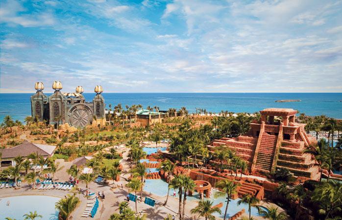 Atlantis-Paradise-Island-hotels-with-swimming-pools-amazing-swimming-pools