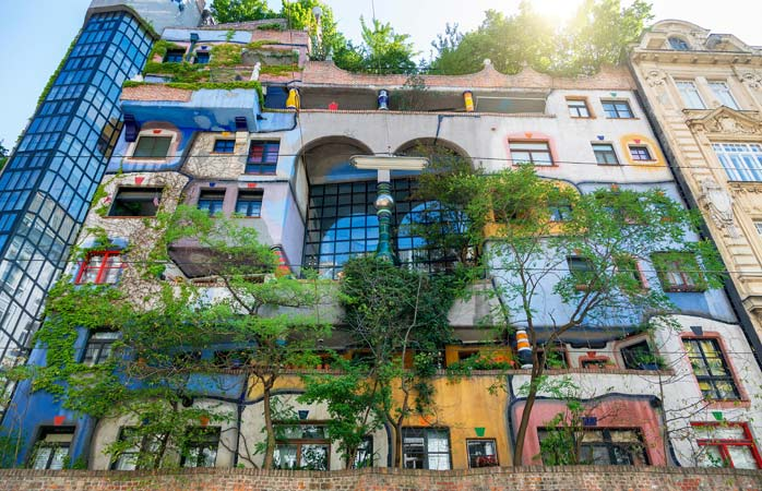 In the Hundertwasser House, built between 1983-85, there are more trees than apartments (around 200!)