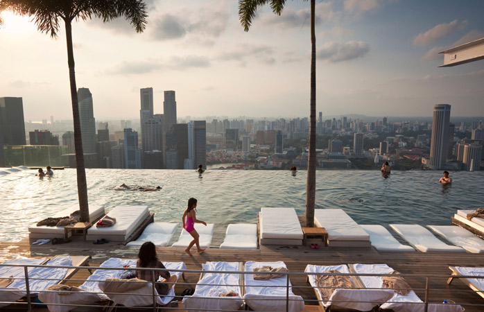 Marina-Bay-Sands-infinity-pool-hotels-with-swimming-pools-rooftop-pools