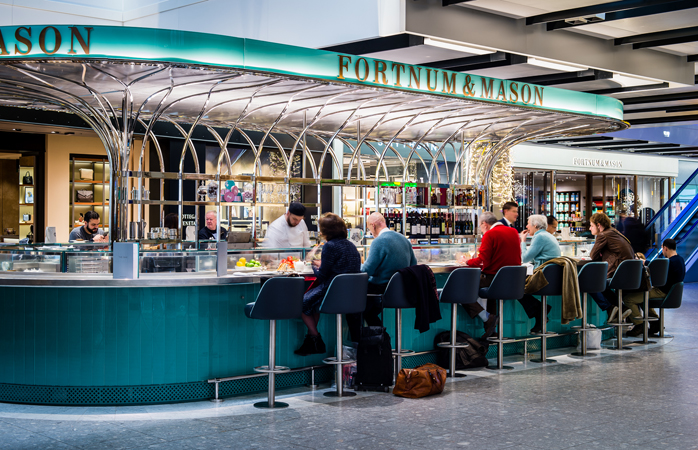 Tea time at the Fortnum & Mason's Bar in Heathrow's Terminal 5 © Heathrow Airports Limited