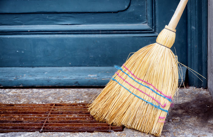 Never leave a good broom behind in Norway over Christmas: it might get stolen