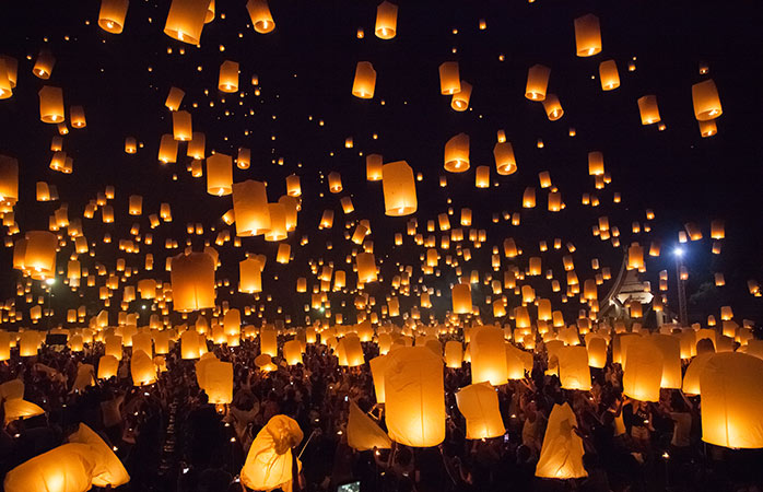 Light up the sky and rivers of Chiang Mai with the Loy Krathong and Yi Peng celebrations