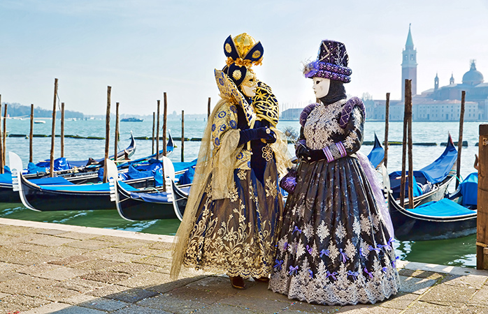 Strike a regal pose at the Carnivale di Venezia in Venice