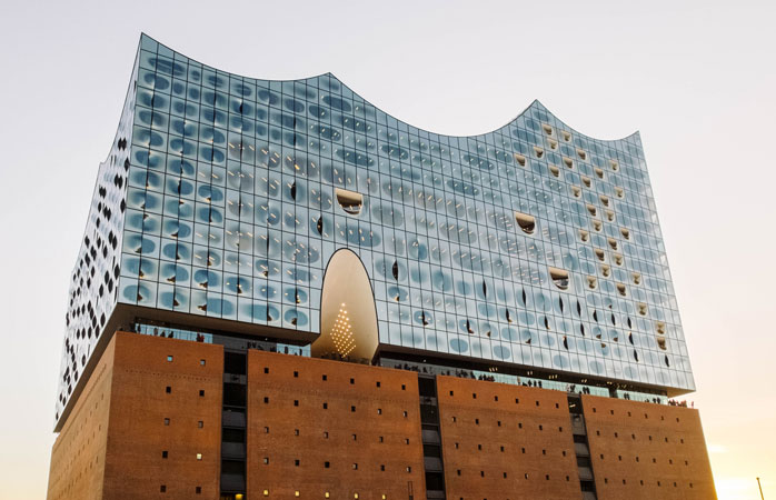 The Elbphilharmonie concert hall in HafenCity is an impressive sight