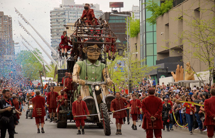 Experience the impressive parade called The Giants of Royal de Luxe this year in Leeuwarden