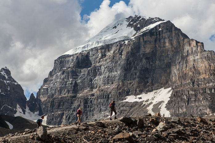 Hikers at the Plain of Six Glaciers – a six mile scenic hike not to be missed