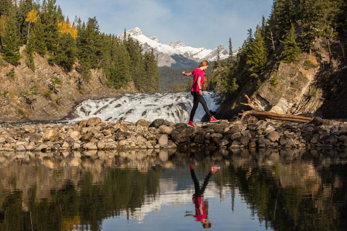 Banff Lake Louise Tourism © Paul Zizka Photography