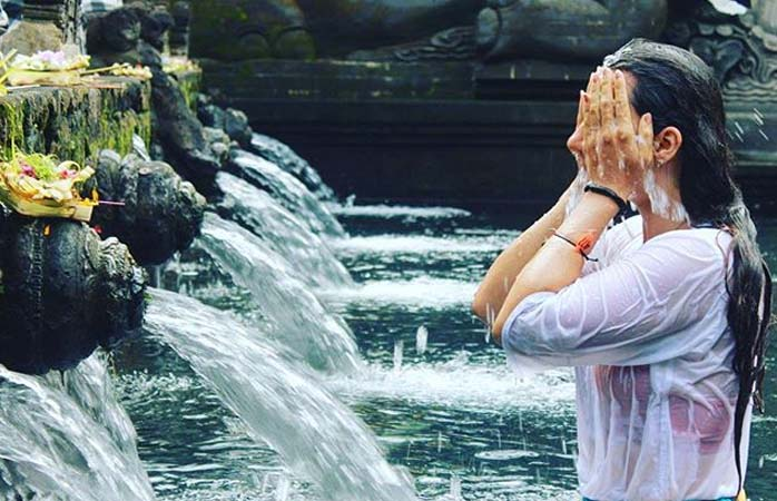 Make sure you know the correct order for true purification at Tirta Emplu Water Temple