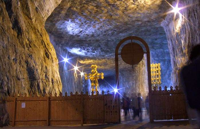 The awesome Salina Praid salt mine