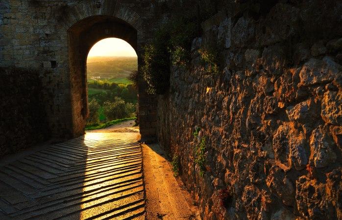 The picture-perfect medieval town of Monteriggioni