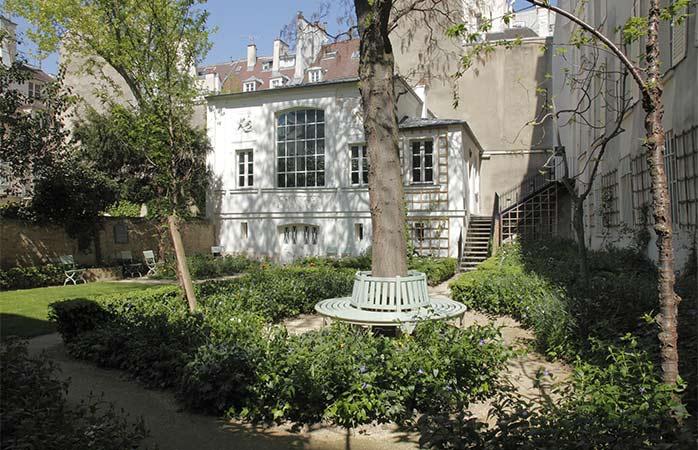 12-Musee-Eugene-Delacroix-museum-in-paris-gardens-in-paris-things-to-see-in-Paris