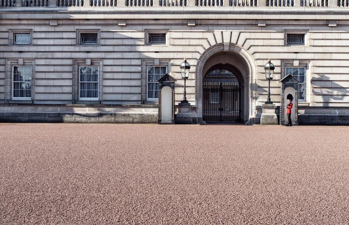 Explore London like royalty on any budget