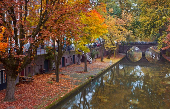 The canals of Utrecht in autumn