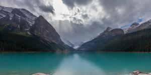 Car Rental in Lake Louise