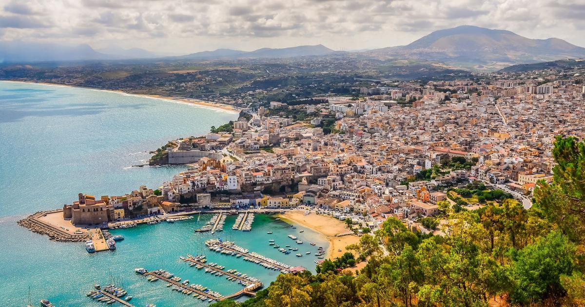 Hotels In Castellammare Del Golfo From 9 Find Cheap