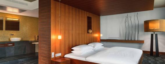 Sheraton Berlin Grand Hotel Esplanade In Berlin Germany From 113 Deals Reviews Photos Momondo